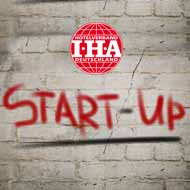 iha-branchenaward-2019-finalisten-start-up-award-stehen-fest